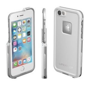 White LifeProof Case for IPhone 6/6s